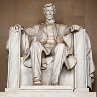 compare and contrast the wartime leadership of lincoln and jefferson davis How do you compare the political leadership of lincoln and davis during the civil war when it came to abraham lincoln and jefferson davis.